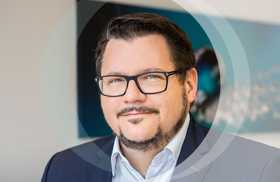 Dr. Andreas Bilstein - Managing Director - Marketing and Sales, Finished Product Development